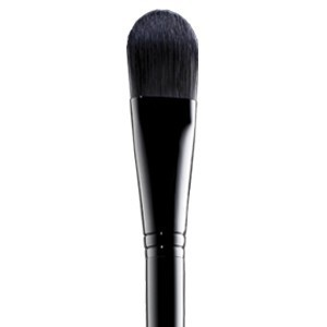 Accesories-foundationbrush-main