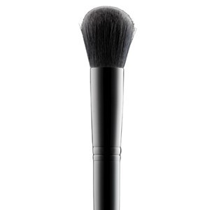 Accesories-blusherbrush1-main