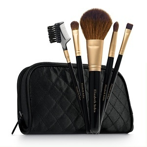 Elizabeth-arden-5-piece-brush-essentials-set~968580