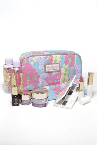 Estee Lauder and Lilly Pulitzer makeup bags - BeautyAlmanac