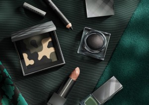 Burberry Makeup launches for Fall / Winter 2015