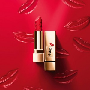 Yves Saint Laurent Rouge Pur Couture Kiss & Love Collection