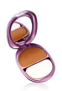 Cg_covergirlqueencollection_naturalhue_pressed_powder_1