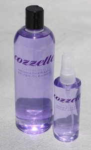 Roquecozzette-aromatherapy_brush_cleaner
