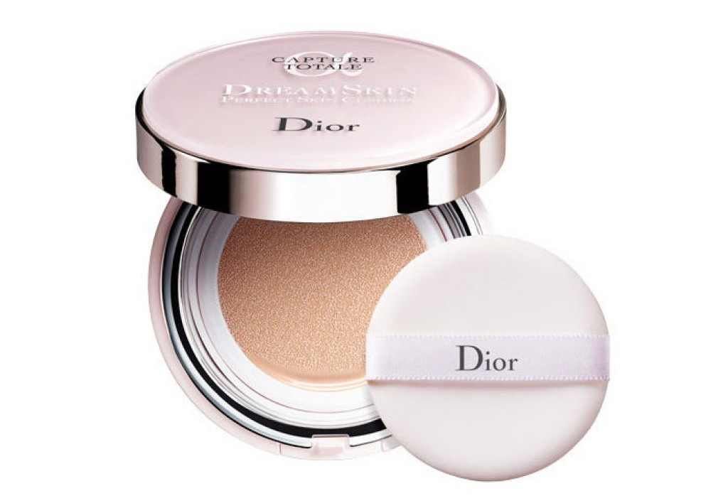 dior capture total dreamskin perfect skin cushion foundation makeup beautyalmanac. Black Bedroom Furniture Sets. Home Design Ideas