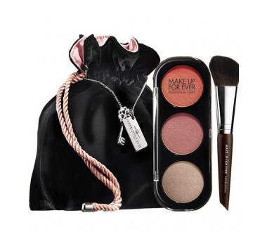 Make Up For Ever Blush Trio in Desire Me