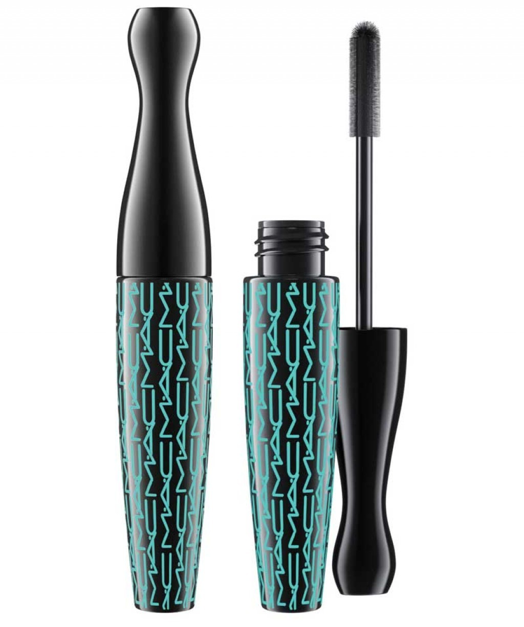 55da8d08a51 MAC Extreme Dimension Waterproof Lash Mascara   Makeup   BeautyAlmanac