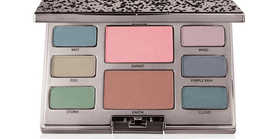 MAC Snow Ball Eye Compact Gold | Makeup | BeautyAlmanac