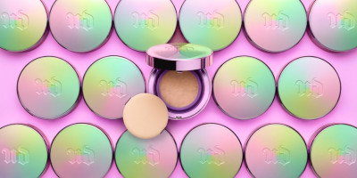 Urban Decay Naked Skin Glow Cushion Compact Foundation